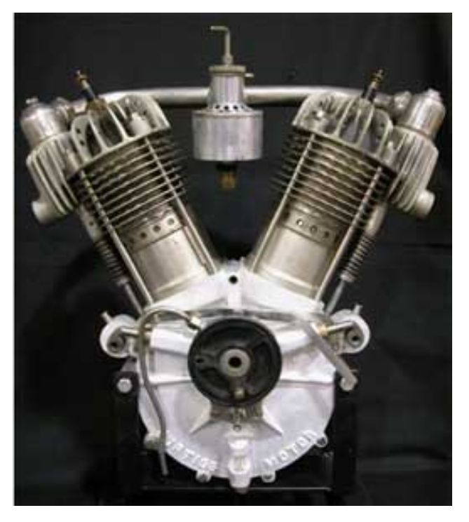 1905-Curtiss Motorcycle V-engine_01.jpg