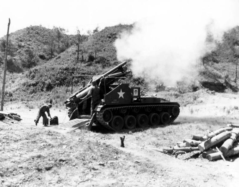 Self-propelled-gun-korea-1952.jpg
