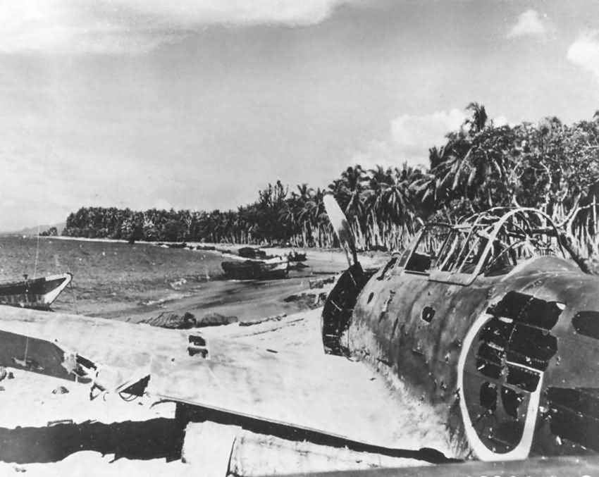 Japanese_Mitsubishi_A6M_Zero_wreck_at_Guadalcanal_Solomon_Islands_1943.jpg