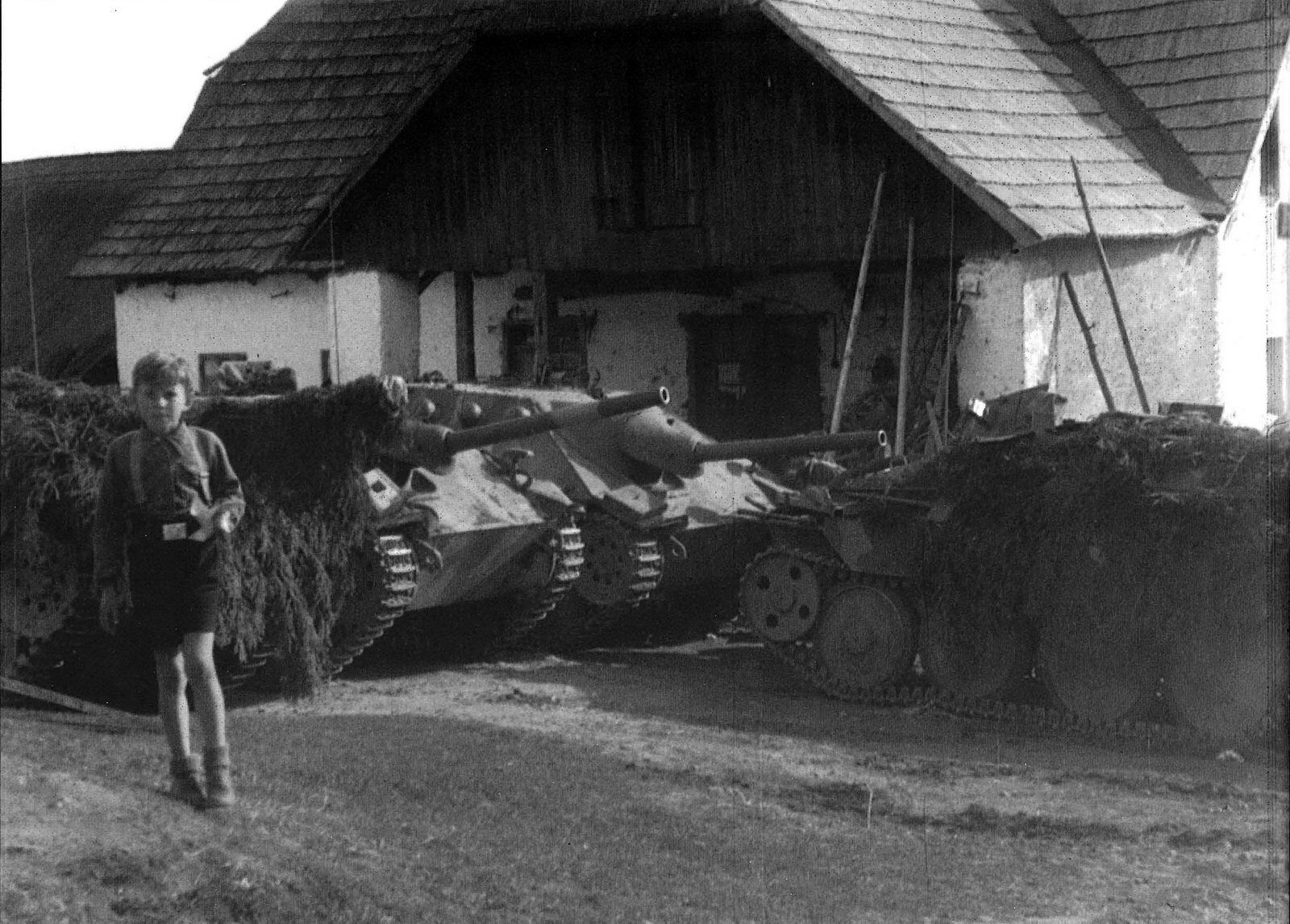 Jagdpanzer 38 captured surrender end of war2.jpg