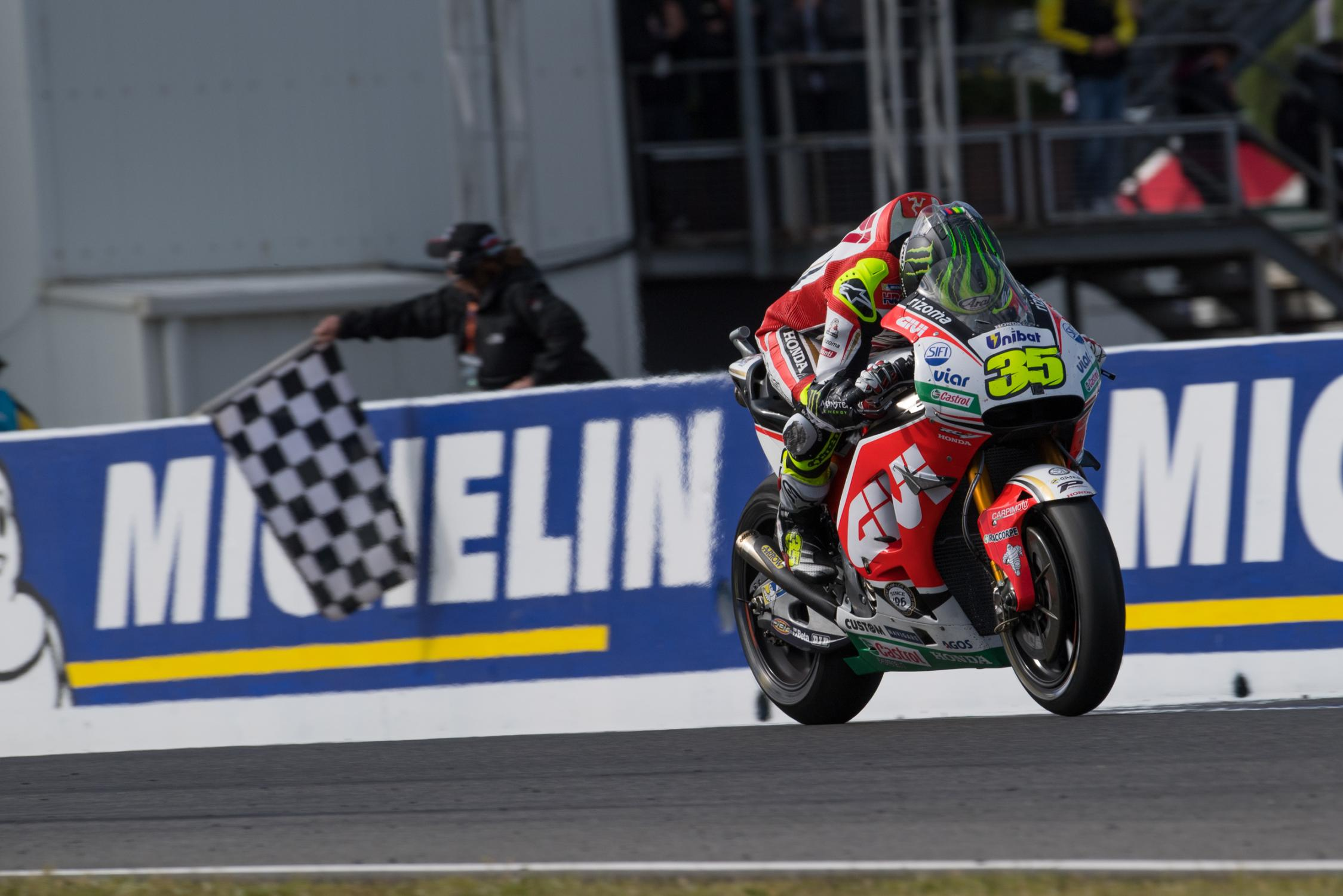 35-cal-crutchlow-englg5_4525.gallery_full_top_fullscreen.jpg