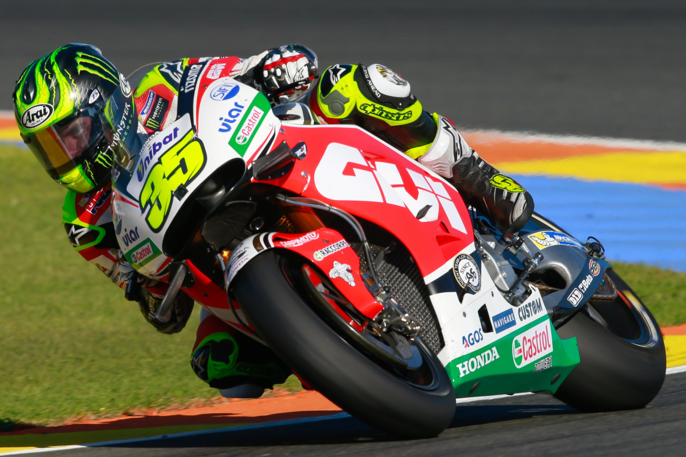 35-cal-crutchlow-eng_gp_8877.gallery_full_top_fullscreen.jpg