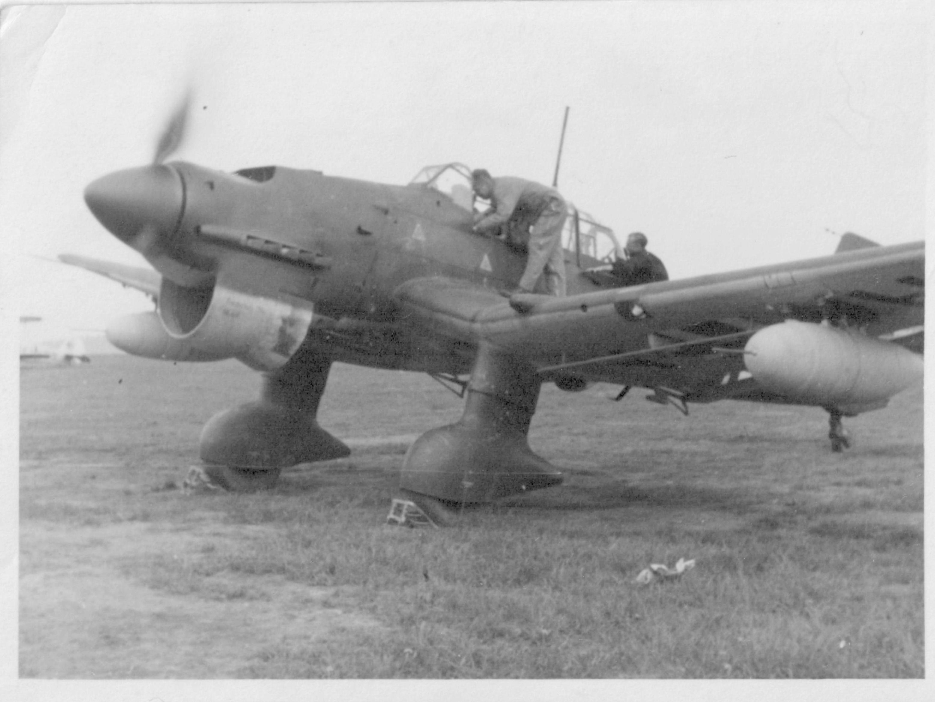 Ju 87, Grossenheim, Germany.jpg
