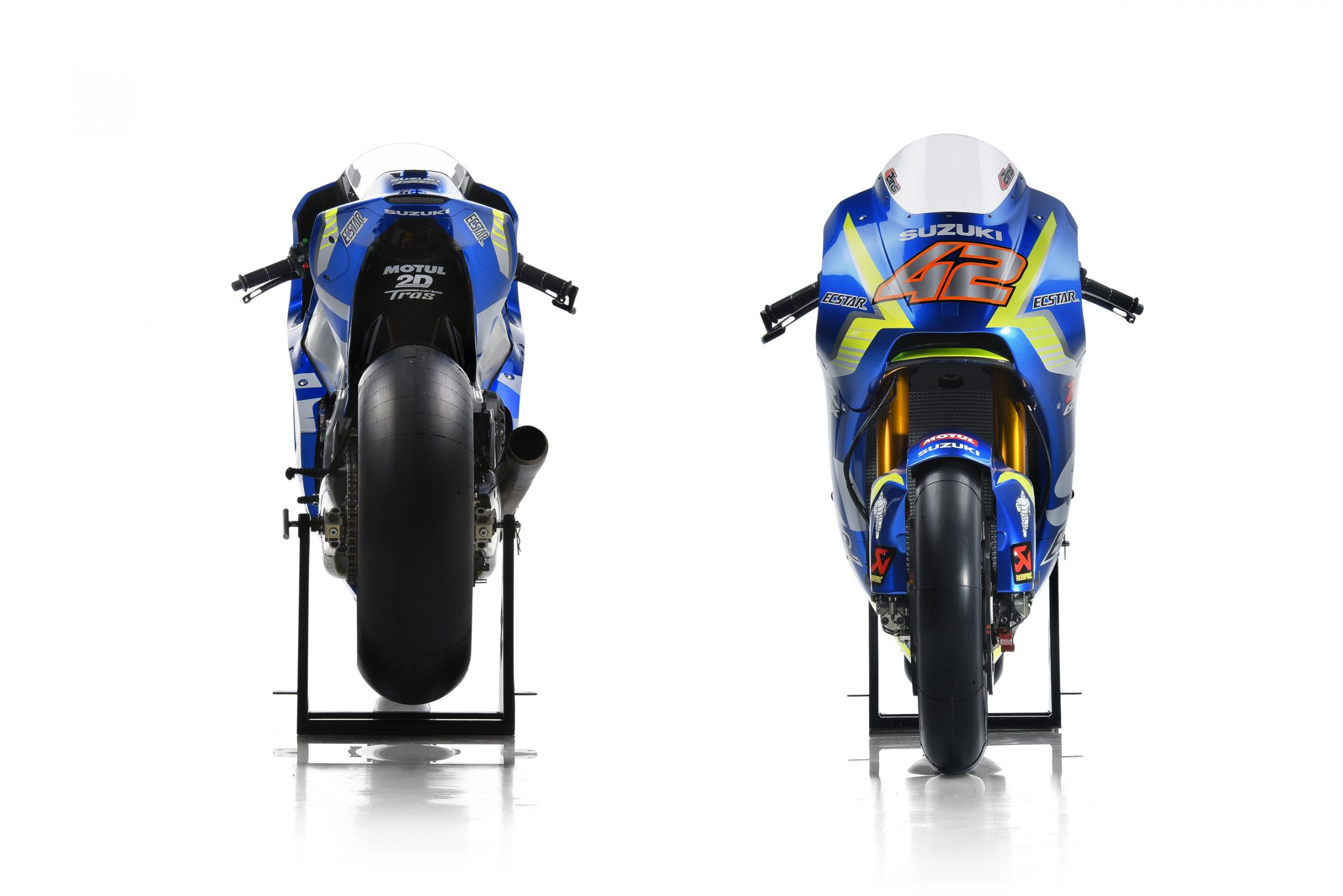 suzuki_gsx-rr_2017_42_front-and-back.gallery_full_top_fullscreen.jpg