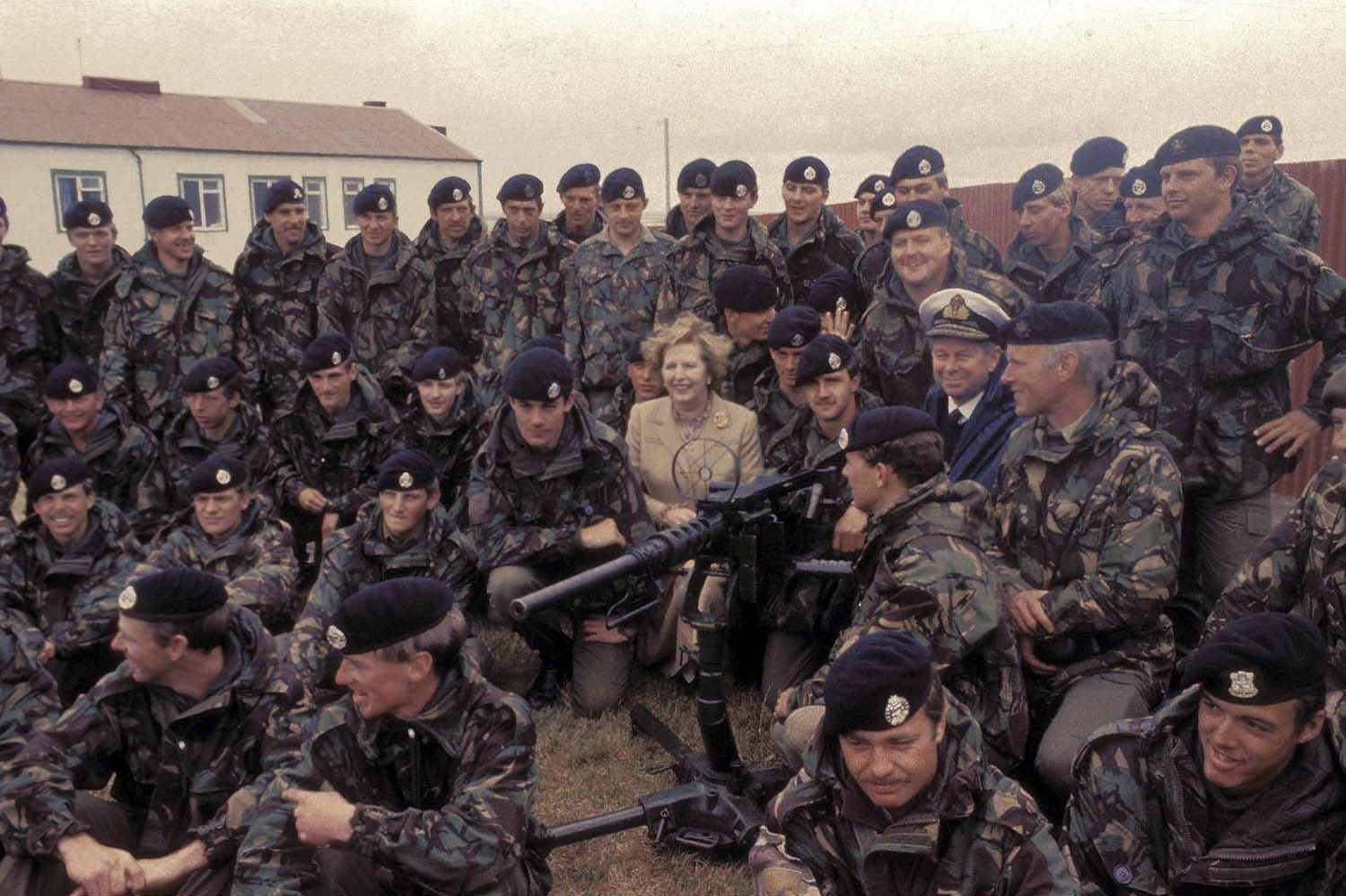 060 Margaret Thatcher in Falkland Islands after Argentina's surrender, 1983 2.jpg