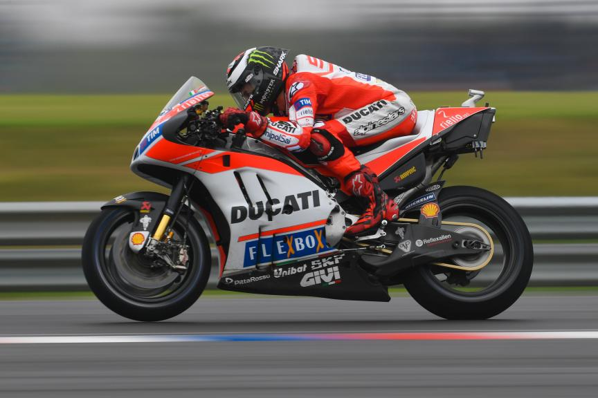 99-jorge-lorenzo-esplg5_6875.gallery_full_top_md.jpg