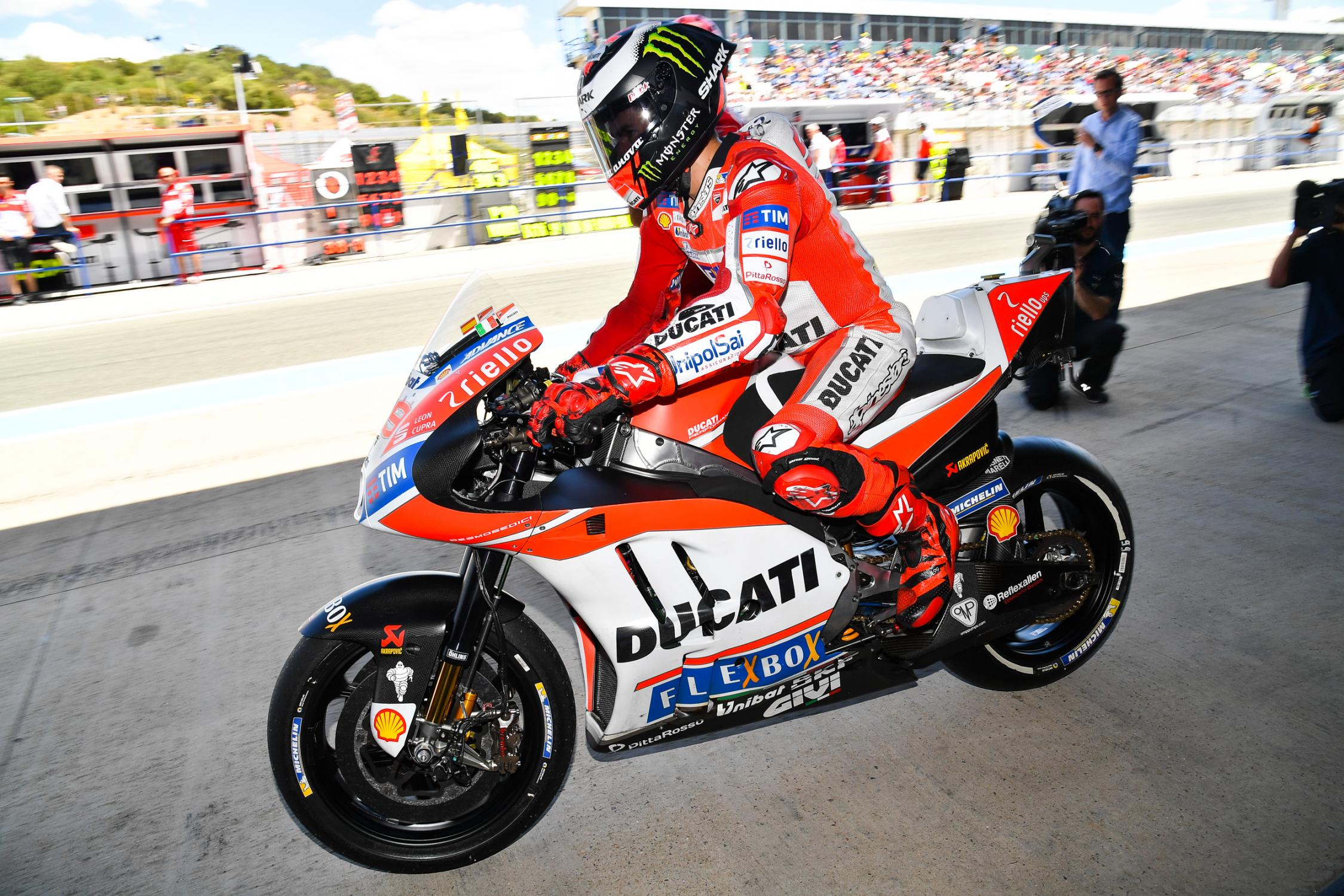 99-jorge-lorenzo-esplg5_2405.gallery_full_top_fullscreen.jpg