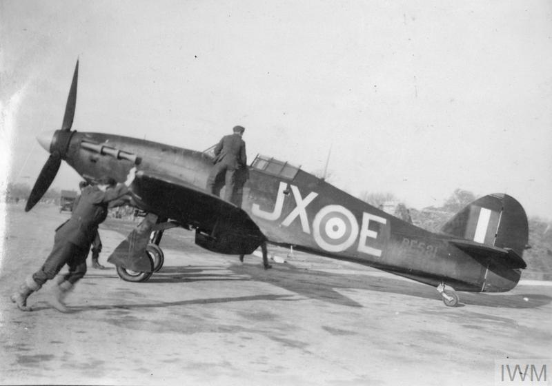 Hurricane_1sq_JX-E_BE581_large_HU_092326.jpg