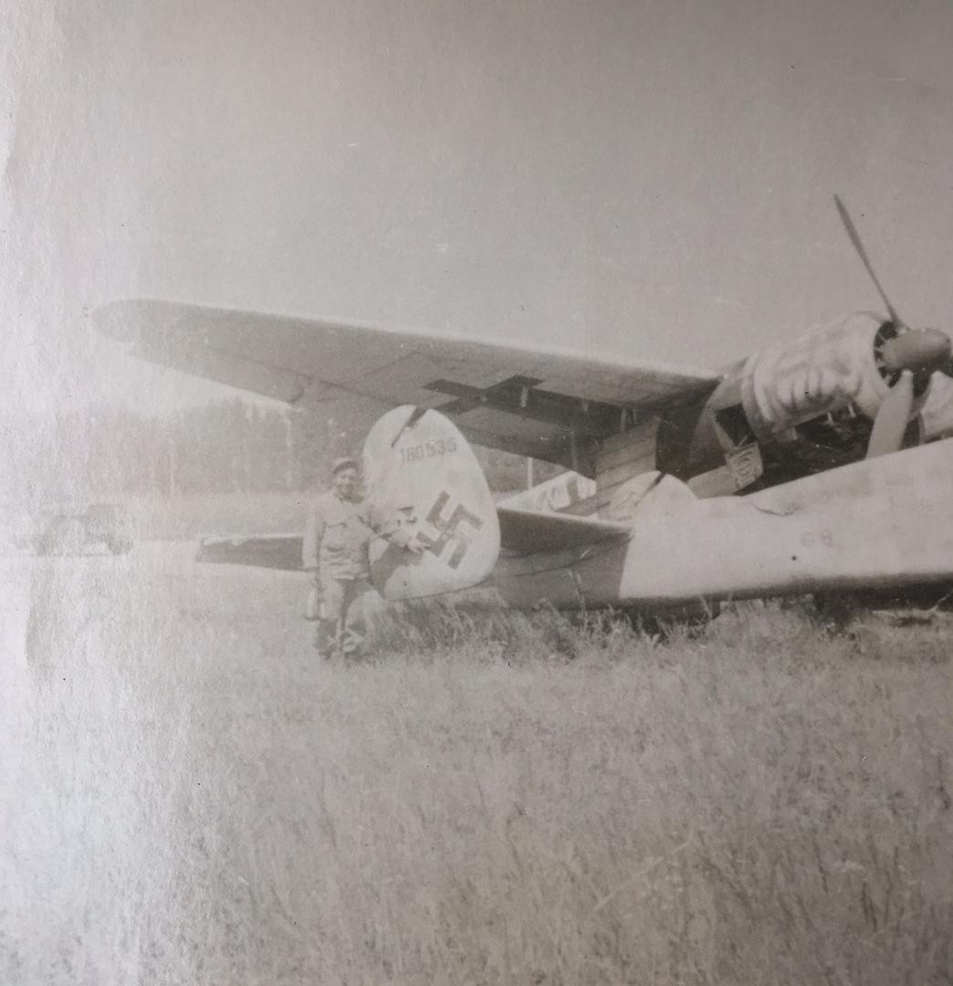 ww2-photo-lot-captured-wrecked-german.jpg