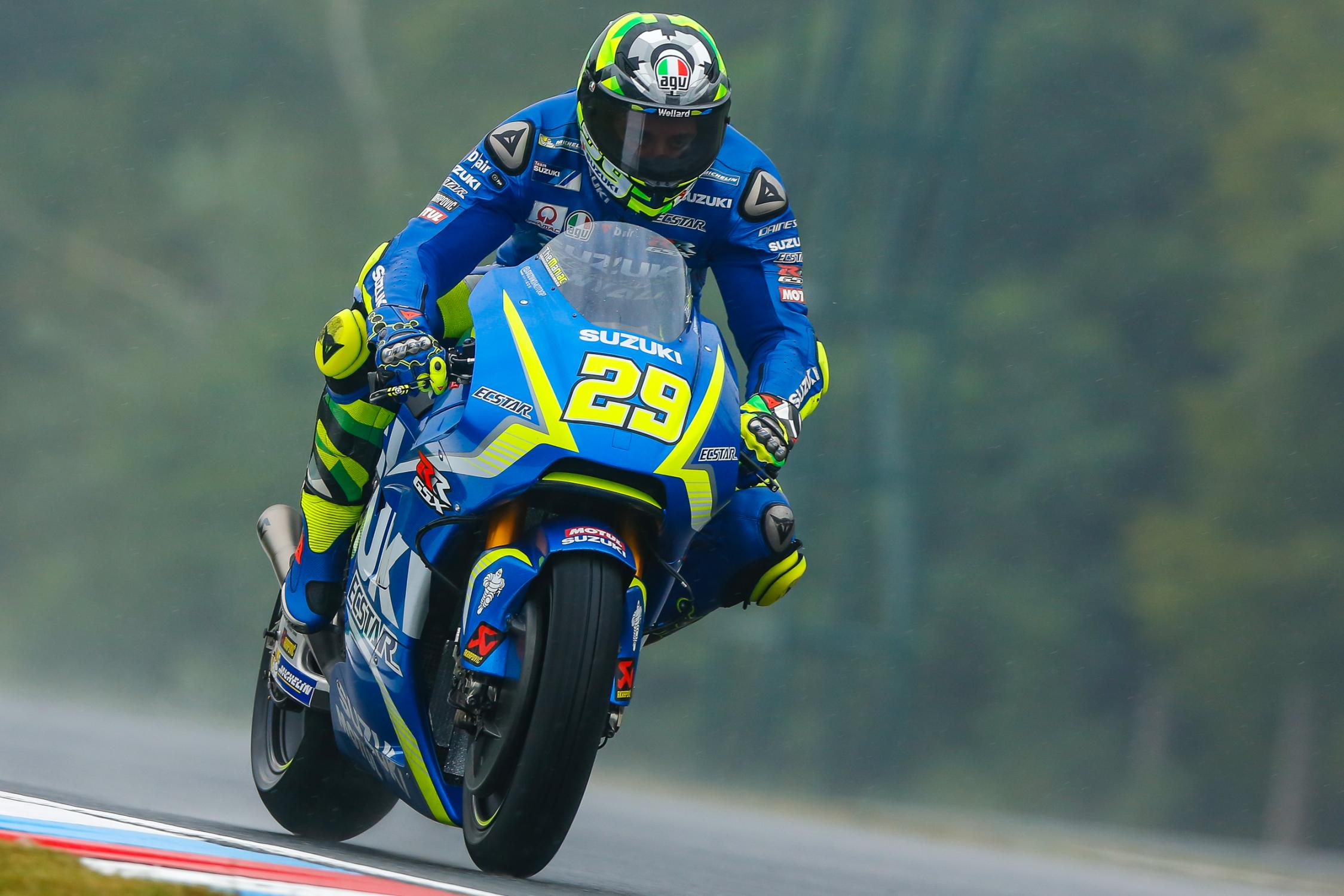 29-andrea-iannone-ita_gp_4129.gallery_full_top_fullscreen.jpg