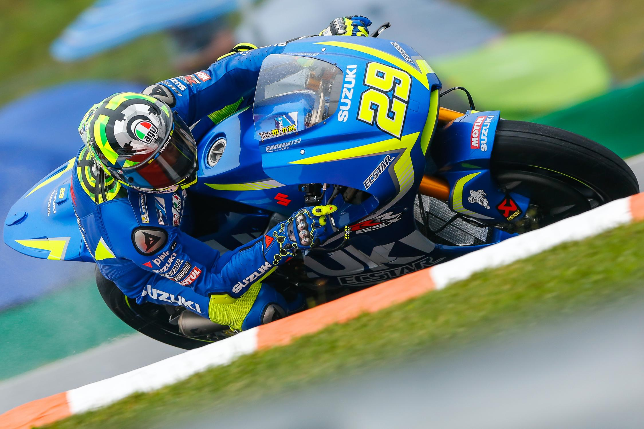 29-andrea-iannone-ita_gp_4281.gallery_full_top_fullscreen.jpg