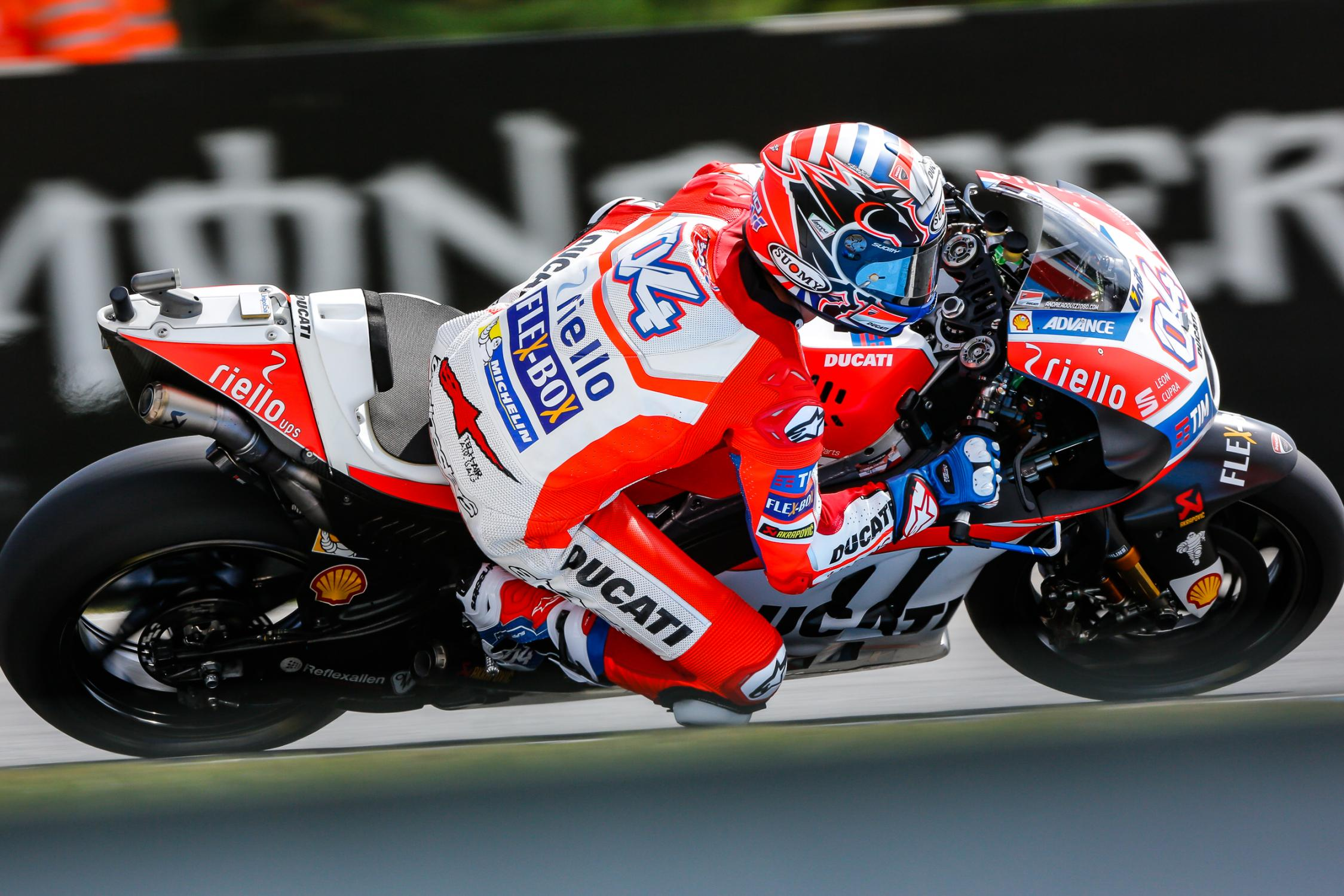 04-andrea-dovizioso-ita_gp_5782.gallery_full_top_fullscreen.jpg