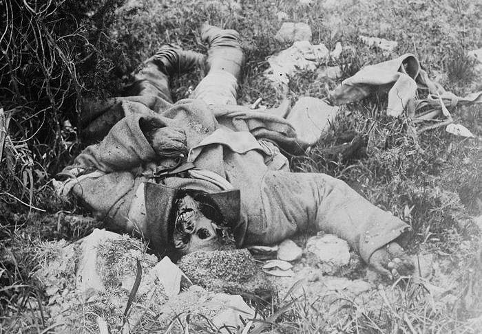 28.8.a A Russian corpse left to the elements in the Carpathian Mountains.jpg