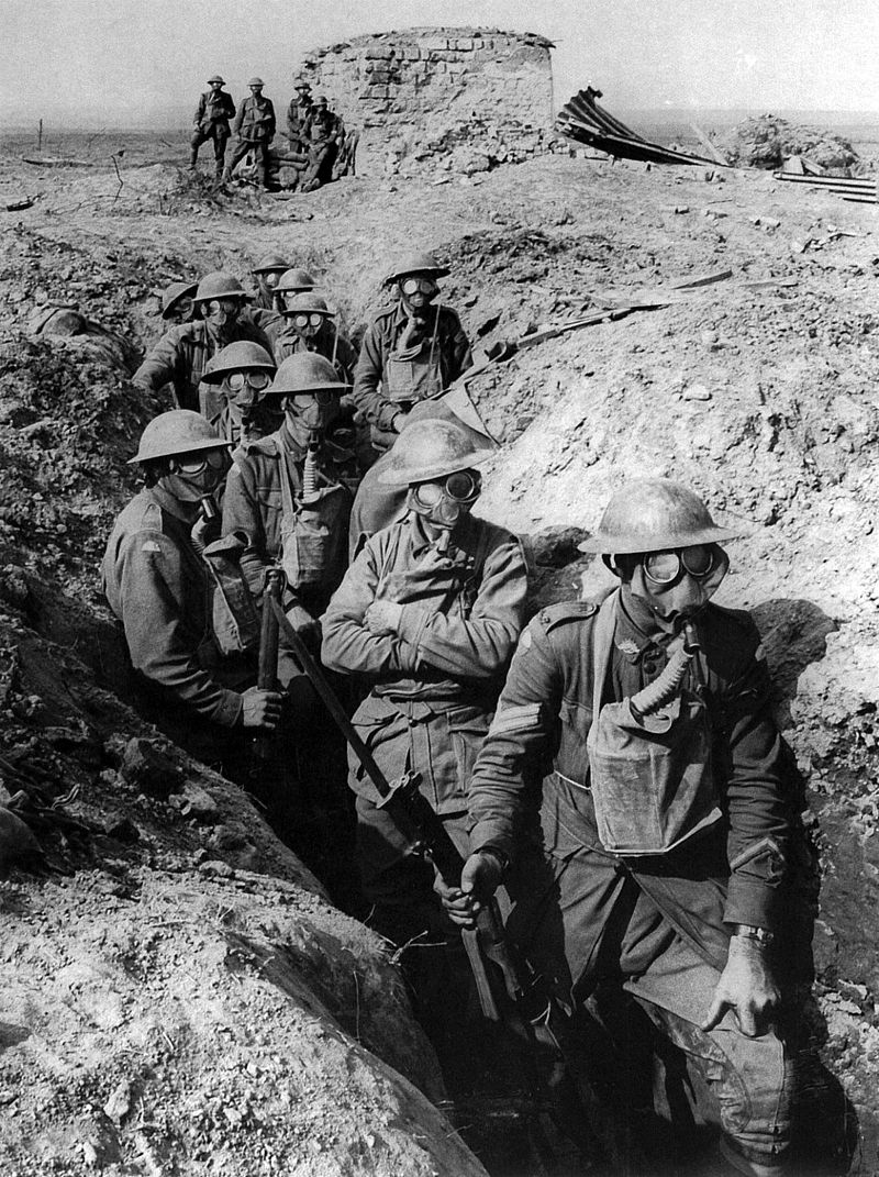 29.9.a-Australian_infantry_small_box_respirators_Ypres_1917.jpg