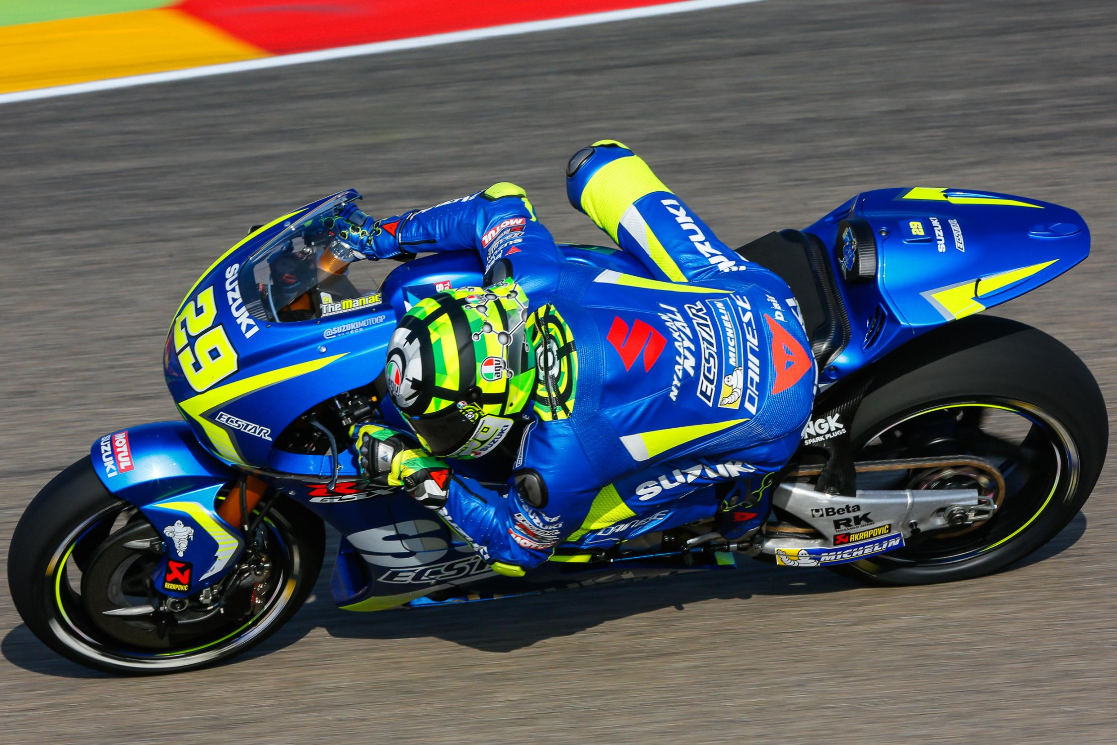29-andrea-iannone-ita_gp_8200.gallery_full_top_fullscreen.jpg