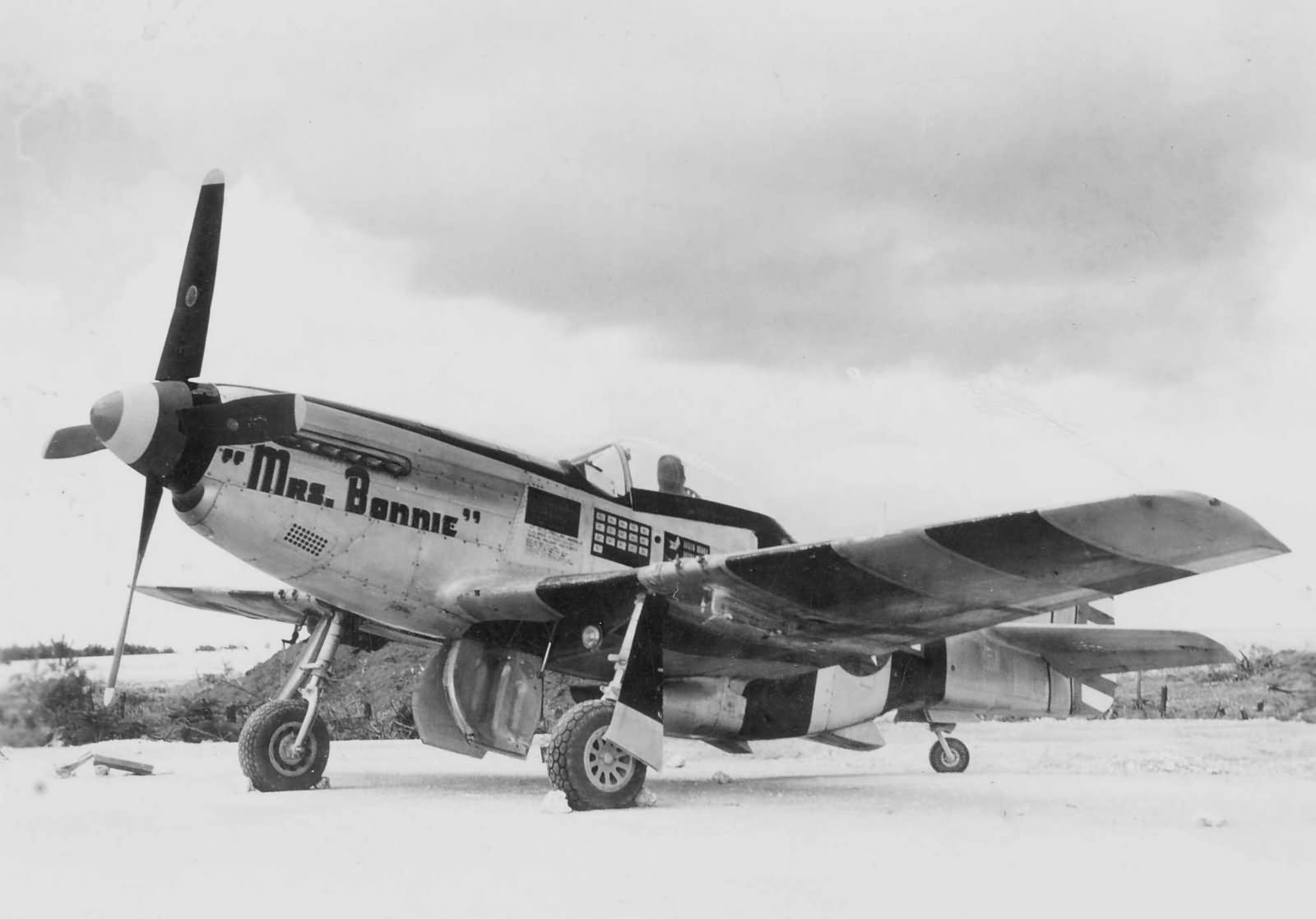 P-51K_Mustang_348th_Fighter_Group.jpg