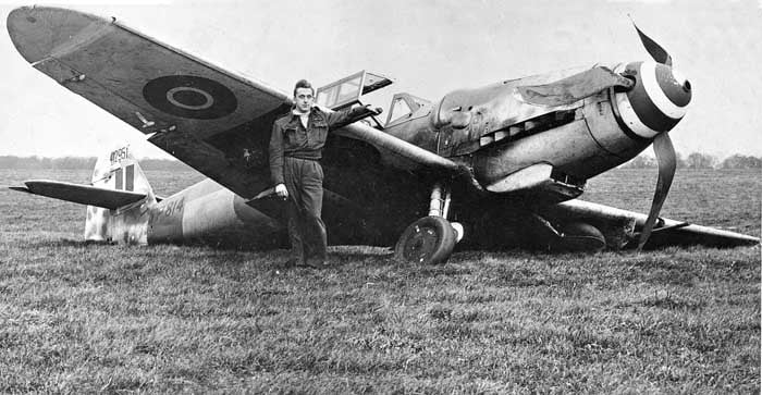 781410503_Lt Len Thorne and his ME109 at Wittering, 22nd November 1944. Port oleo collapsed on take off..jpg
