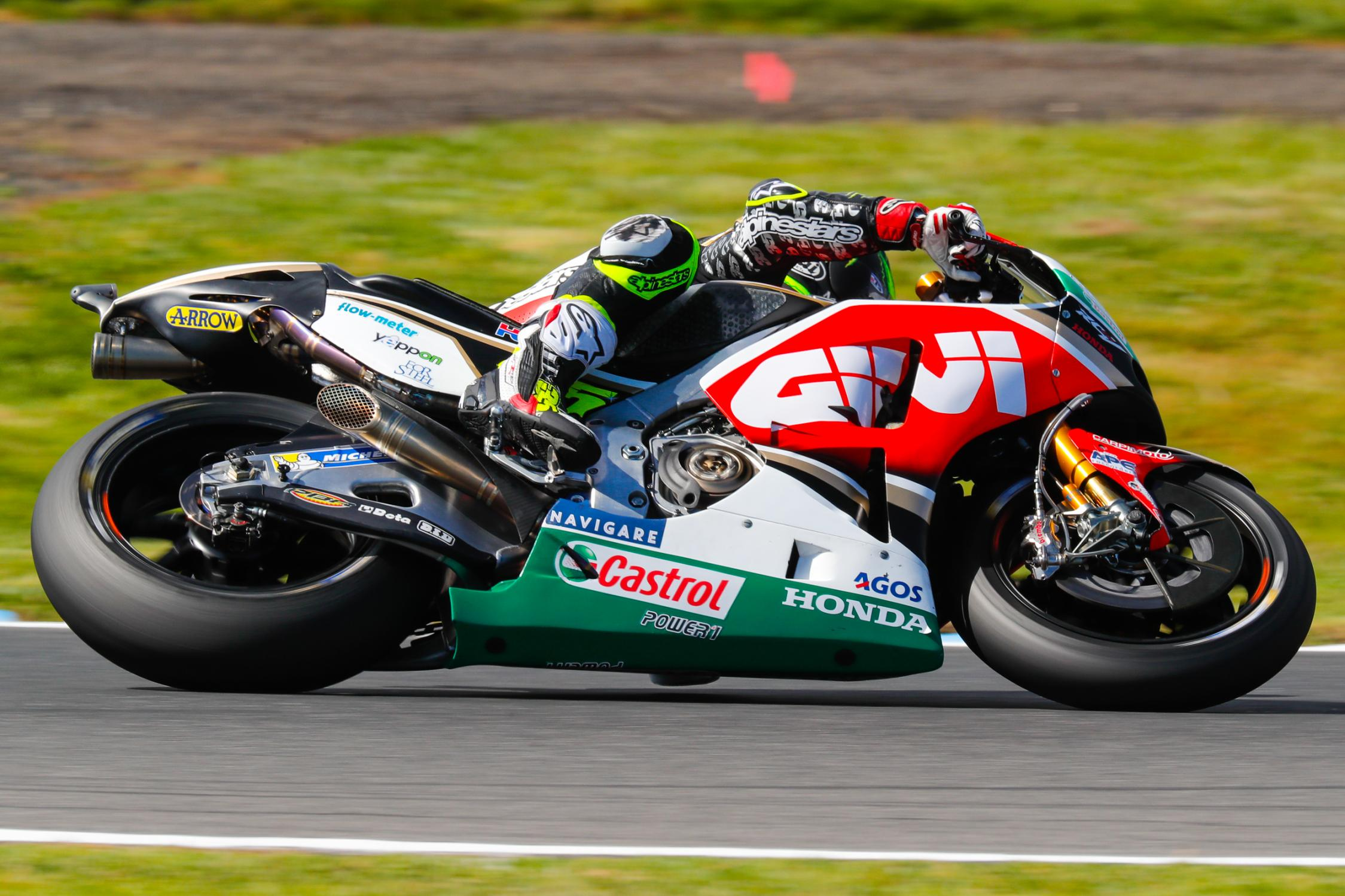 35-cal-crutchlow-eng_29i0938.gallery_full_top_fullscreen.jpg