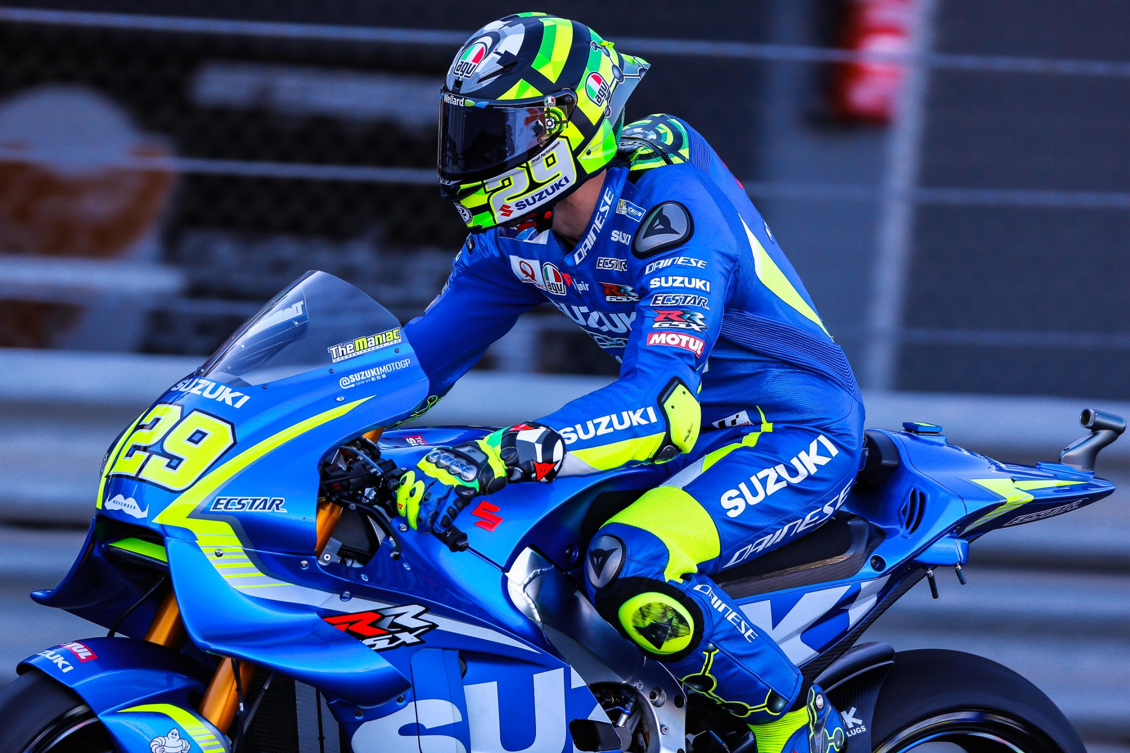 29-andrea-iannone-ita_gp_4027.gallery_full_top_fullscreen.jpg