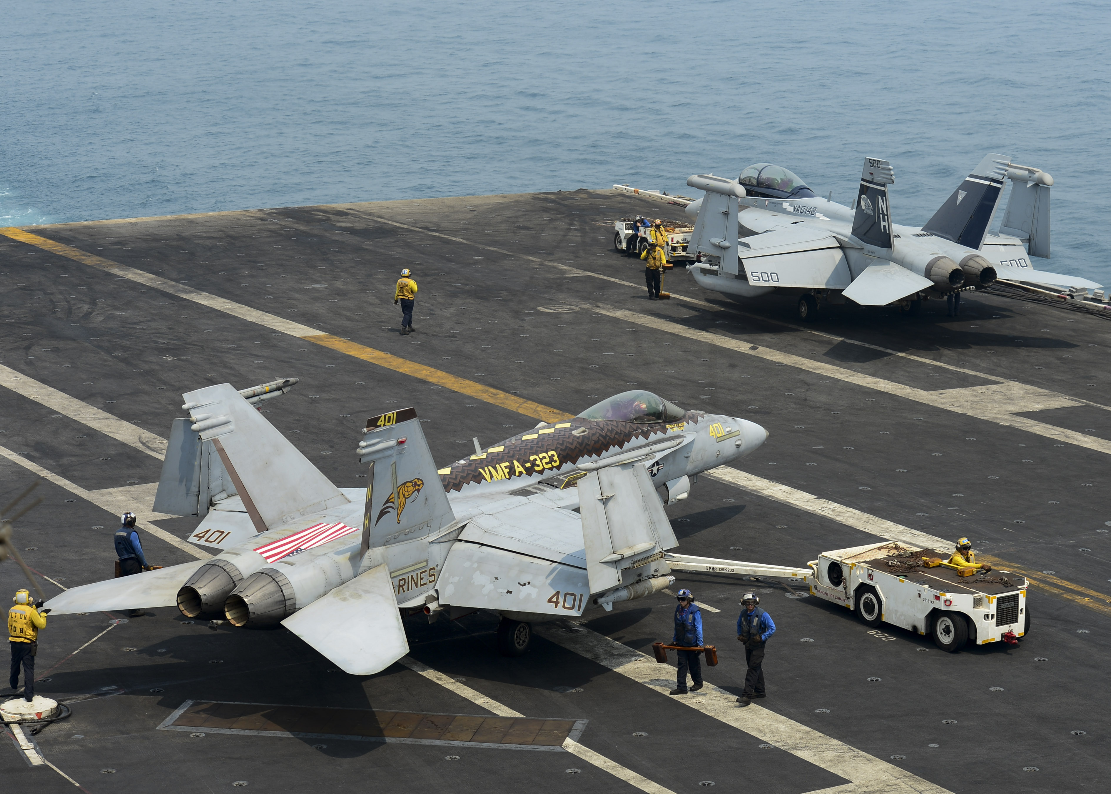 FA-18C_of_VMFA-323_and_EA-18G_of_VAQ-142_aboard_USS_Nimitz_(CVN-68)_on_21_August_2017_(170821-N-UD618-037).JPG