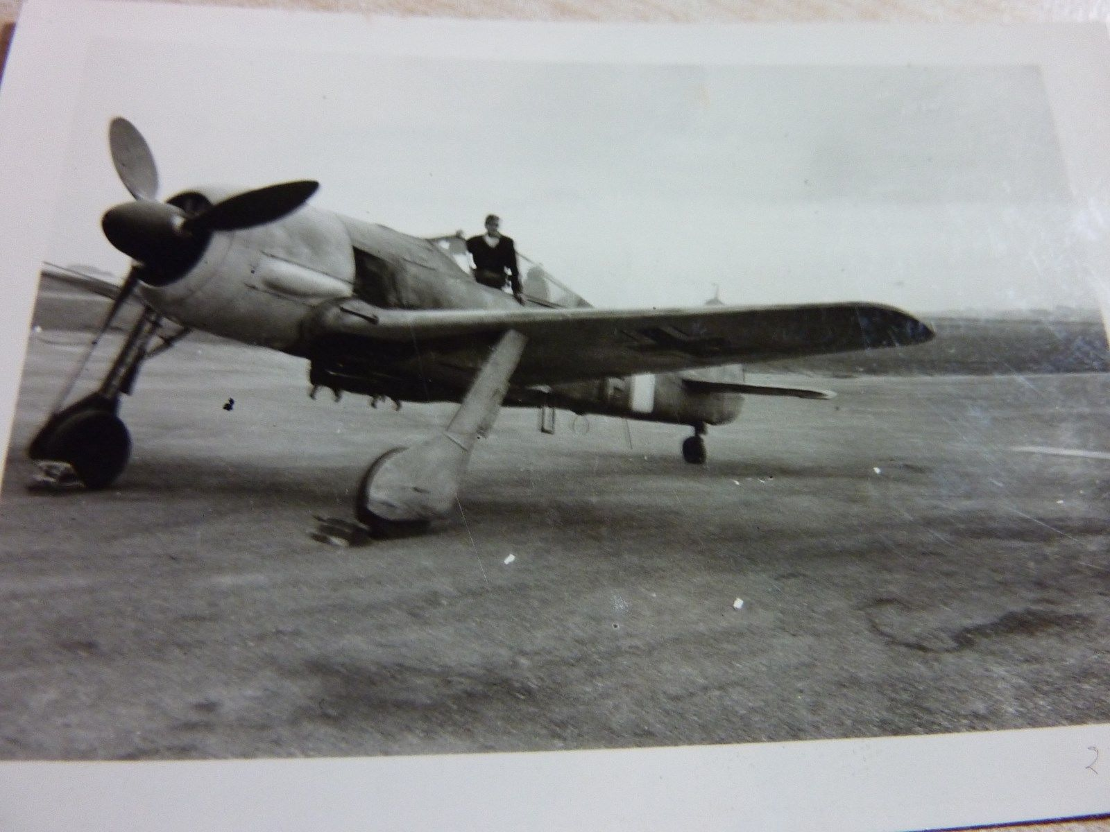 Fw 190A-6, Unknown Unit, 1001.jpg