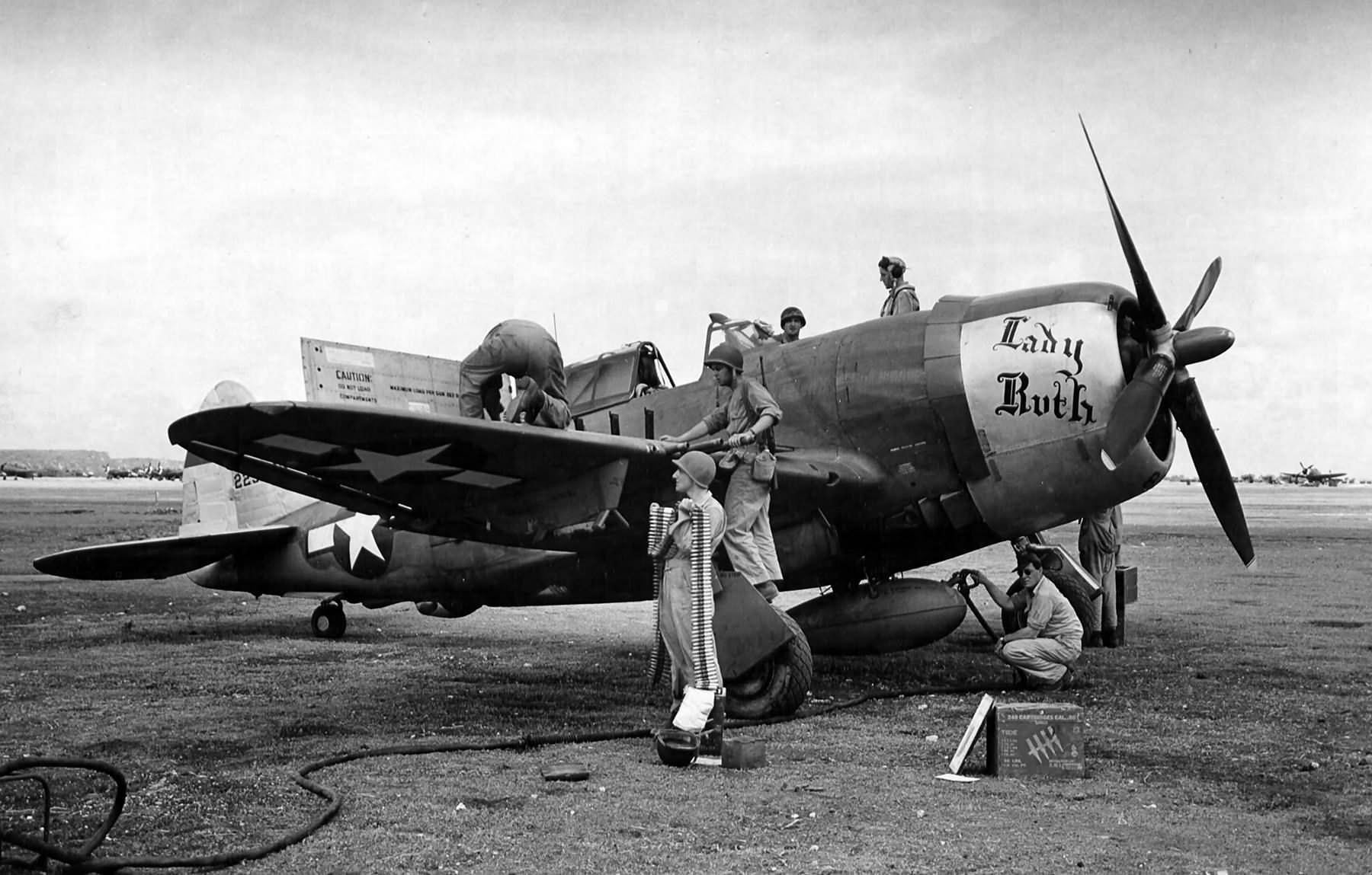 P-47D-15_42-23289_Lady_Ruth_19th_Fighter_Squadron_318th_Fighter_Group.jpg