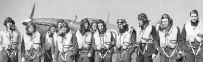 Hurricane_Allied fighter pilots including Australians assembled at their airbases in Britain during World War Two.jpg