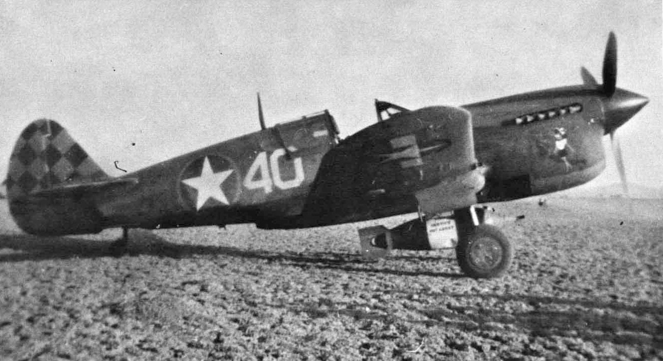 Curtiss-P-40L-Warhawk-325FG318FS-W40-Bloomer-Tunisia-1943-01.jpg