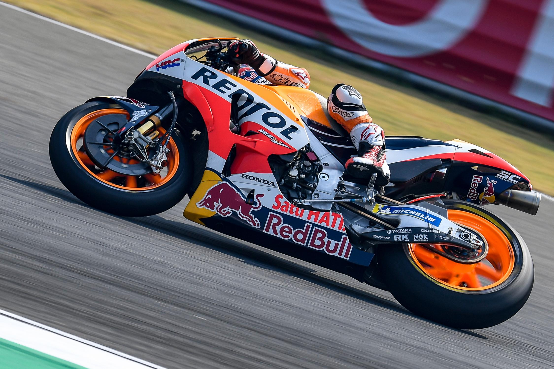 26-dani-pedrosa-esp_ds58704.gallery_full_top_fullscreen.jpg