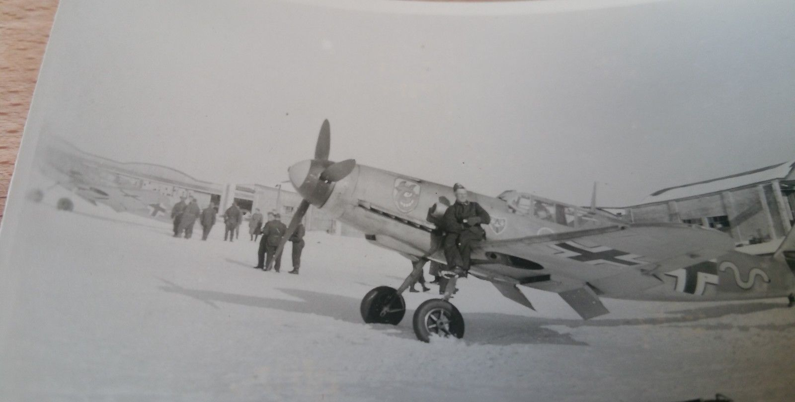 Bf 109F-2, 9.JG54, Unknown No, USSR, 1941 01.jpg