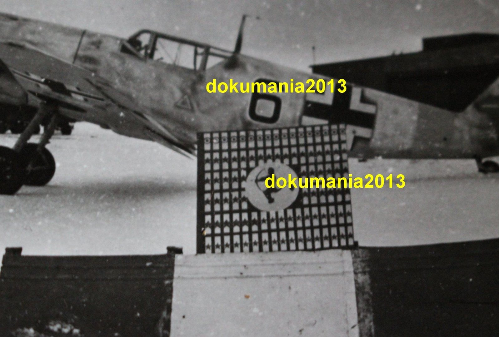 Bf 109F-2, 5.JG52, Black 6, USSR, Winter 1941-42 02.jpg