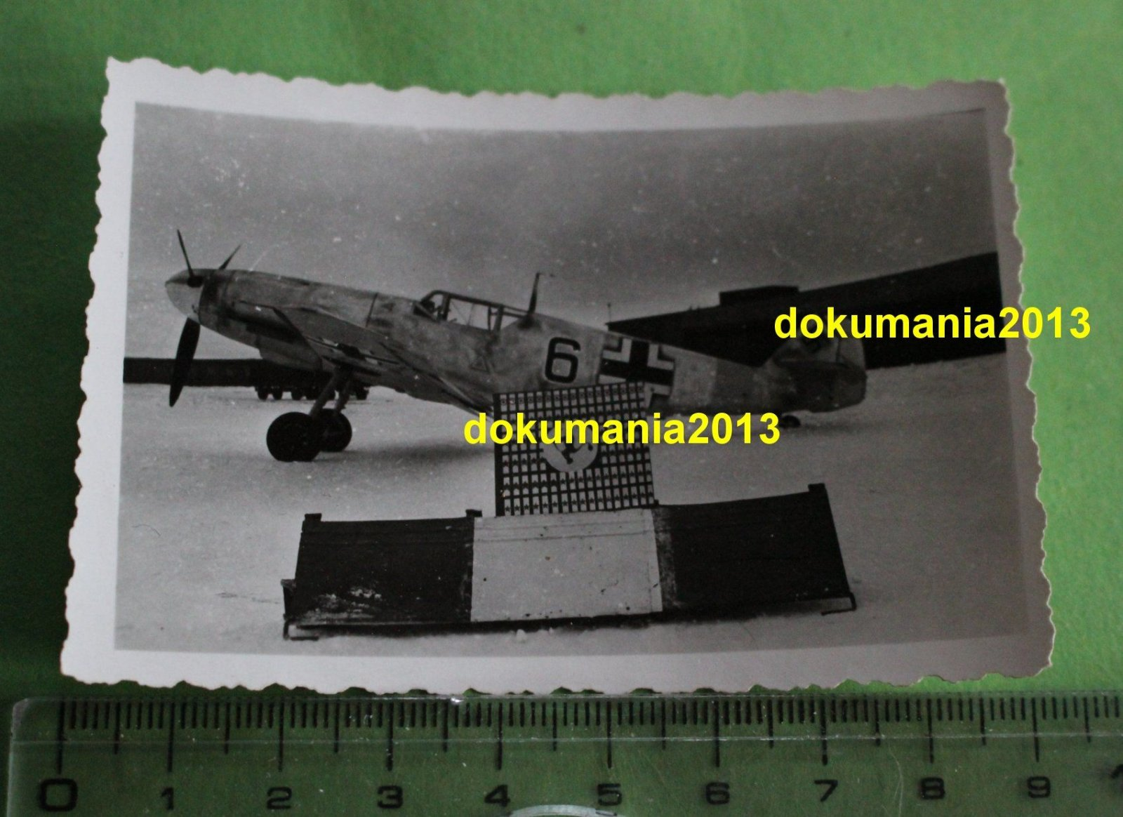 Bf 109F-2, 5.JG52, Black 6, USSR, Winter 1941-42 01.jpg