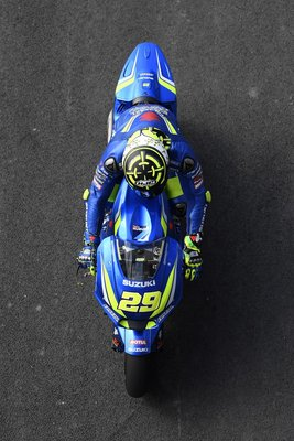 mgp2andrea-iannone18.gallery_full_top_fullscreen.jpg
