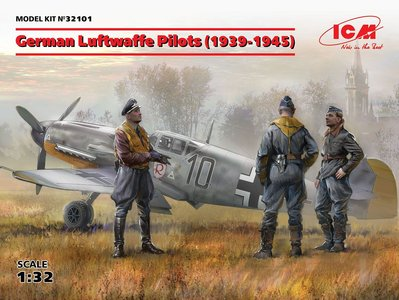 1-32-german-luftwaffe-pilots-1939-1945-3-figures-0.jpg.big.jpg