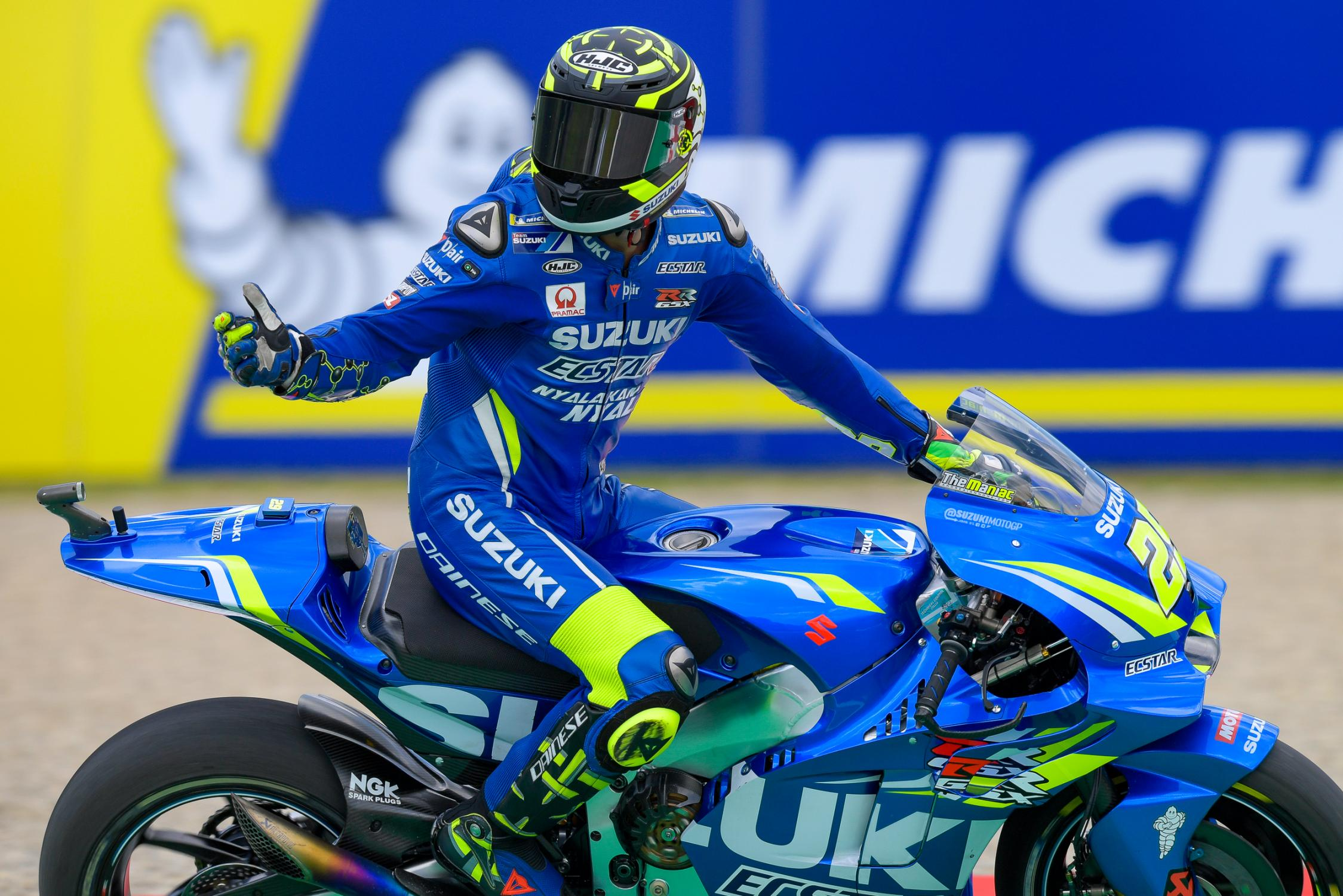 29-andrea-iannone-ita_ds59548_0.gallery_full_top_fullscreen.jpg