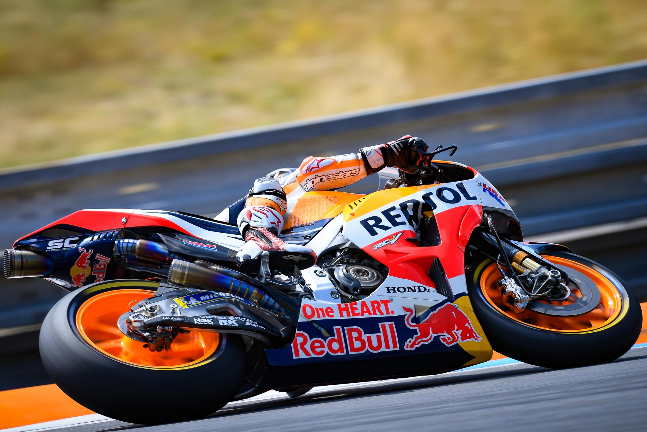 26-dani-pedrosa-esp_ds53367.gallery_full_top_fullscreen.jpg