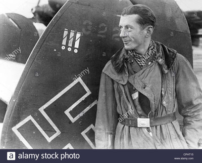 german-night-fighter-pilot-1941-CPHT15.jpg