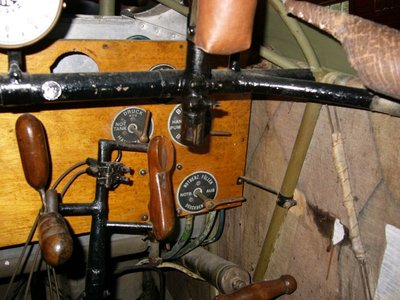 cockpit__interior__starboard_mg_butt_and_panel_detail.jpg