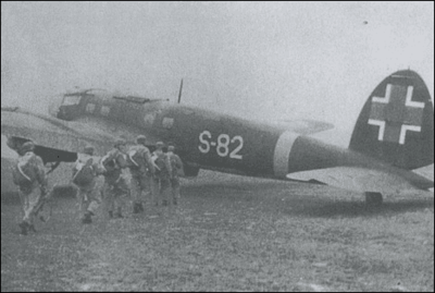 slovak_paratroopers_boarding_a_heinkel_he_111h_23_by_zared_tregonwell-d8onra0.png