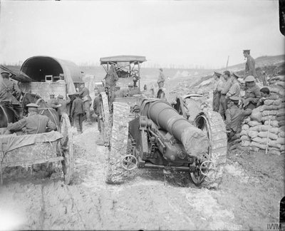 The_Battle_of_the_Somme,_July-november_1916_Q4342BL8.jpg