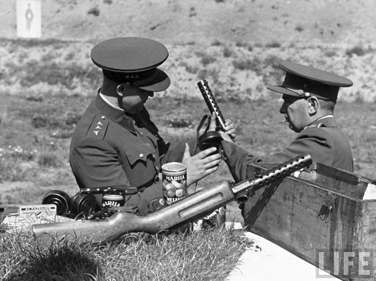 Czech soldiers with captured German weapons.jpeg