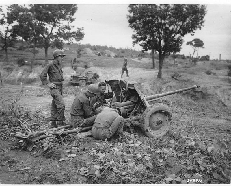 Captured North Korean antitank gun, outside Waegwan, Korea, 21 Sep 50.jpg