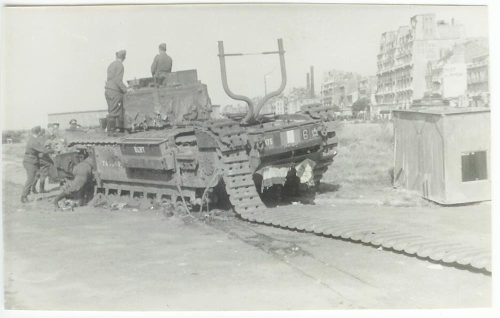 British-Churchill-6a-Dieppe.jpg