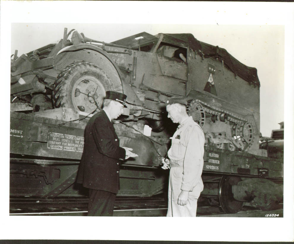 Gen Magruder's half-track on flat car Rock Hill SC 1941.jpg