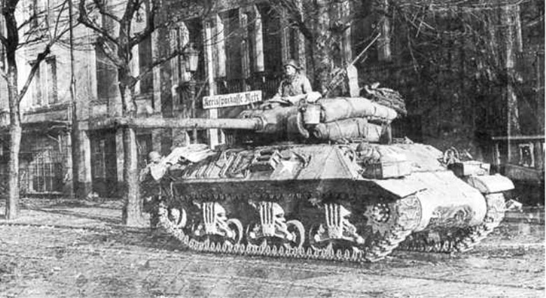 US Army M-36 Jackson Tank Destroyer in a german city, WWII.jpg