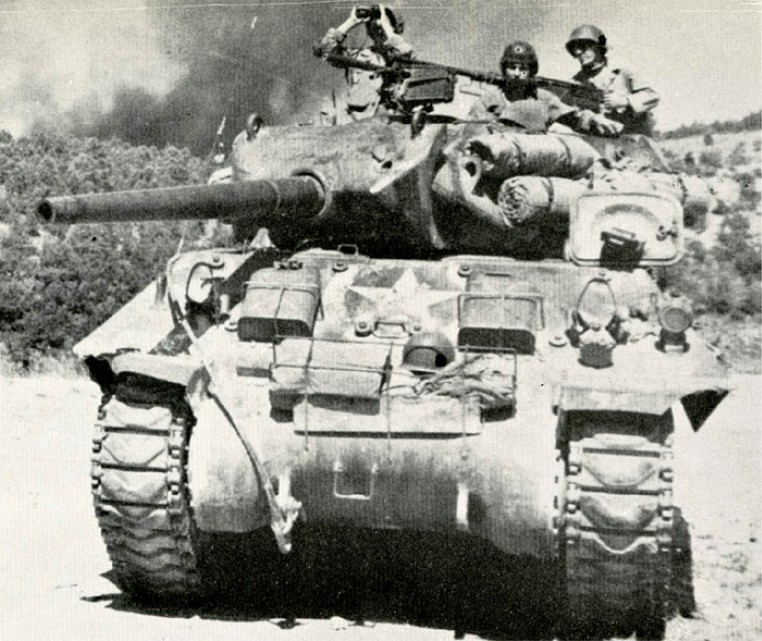 U.S. army M-10 Tank destroyer in WWII..jpg