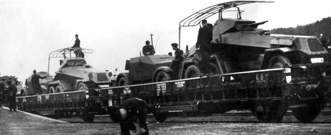 kfz_13__sdkfz_232_trainingsunit_in_1942__ebay_184.jpg