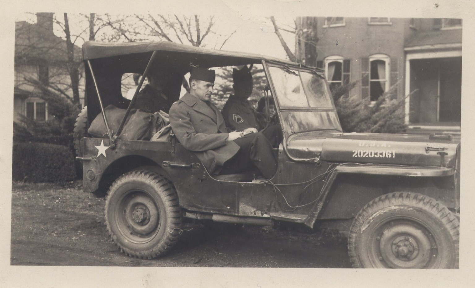 willys-jeep-with-officer.jpg