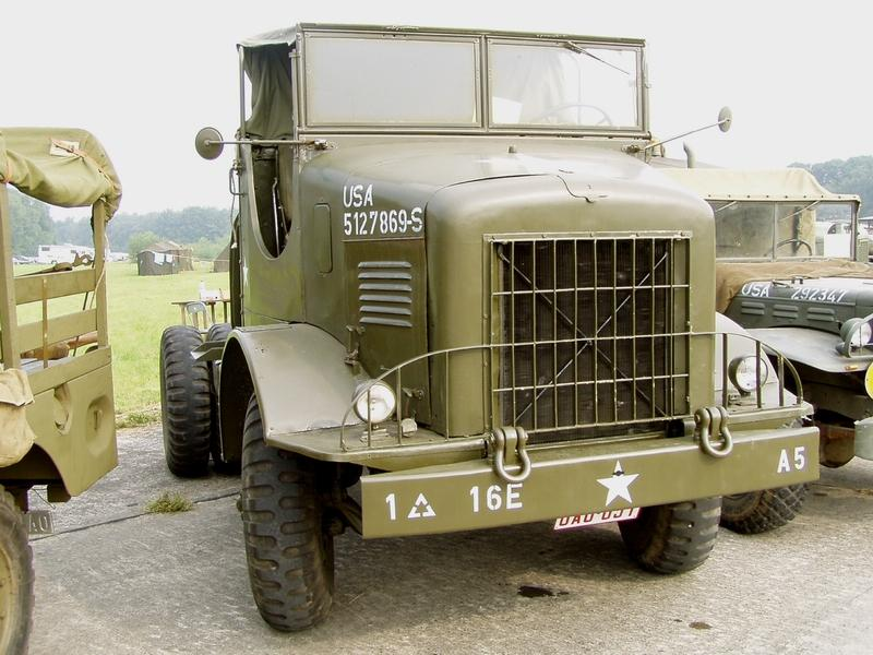01-International-M426-5ton-Tractor,Ursel.jpg