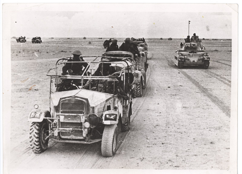 WW2 British soldiers, Libya, 1942. Tanks in minefield.jpg